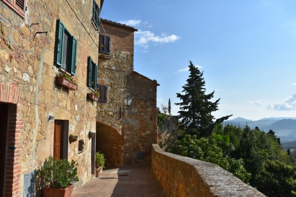 Which Tuscan city is referred to as the ideal city?