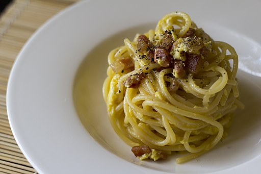 What region of Italy is famous for spaghetti alla carbonara?